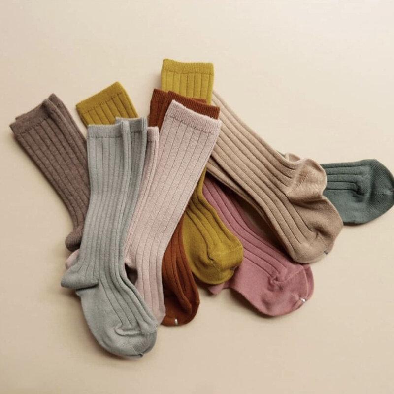 المولود الجديد الفتيات والصبي الجوارب Morandi قطن خالص ملون الربيع الركبة عالية جوارب لينة 0-5 سنوات الأطفال طفل