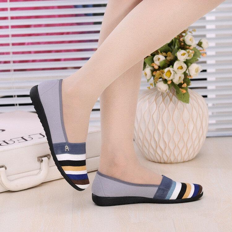 Hot البيع قماش عدم الانزلاق صياد أحذية الربيع والصيف والخريف المرأة مريحة و تنفس اللون مطابقة حذاء مسطح