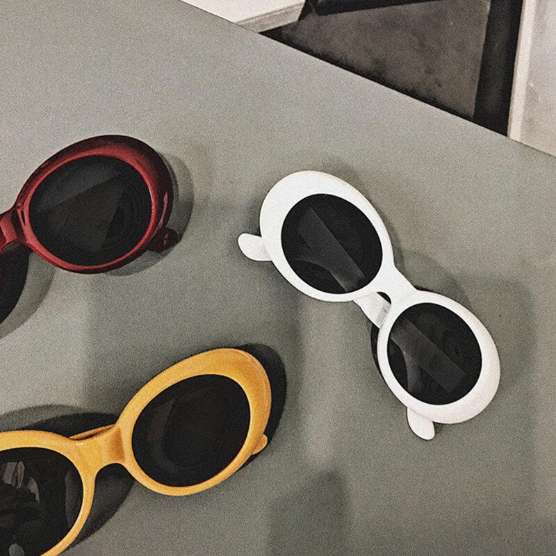 2021 صغيرة البيضاوي النظارات الشمسية النساء الرجال الرجعية Vintage نظارات شمسية السيدات أسود أبيض وردي واضح ظلال للإناث 90s