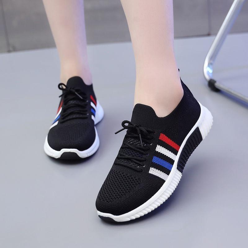 نمط جديد النساء أحذية الصيف عادية يطير نسج تنفس أحذية رياضية النساء الراحة الدانتيل يصل احذية الجري منصة النساء أحذية مسطحة