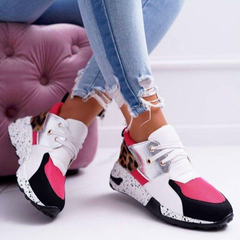 موضة جديدة للمرأة أحذية رياضية ليوبارد طباعة جلدية سميكة القاع زيادة أحذية رياضية حذاء رياضي مُريح غير رسمي للسيدات