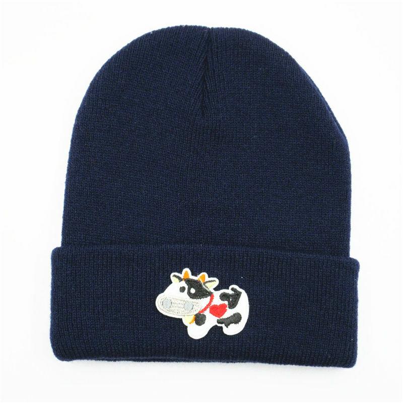قبعة شتوية سميكة محبوكة بتطريز حيوانات البقر ، قبعة دافئة ، قبعة للرجال والنساء ، 151