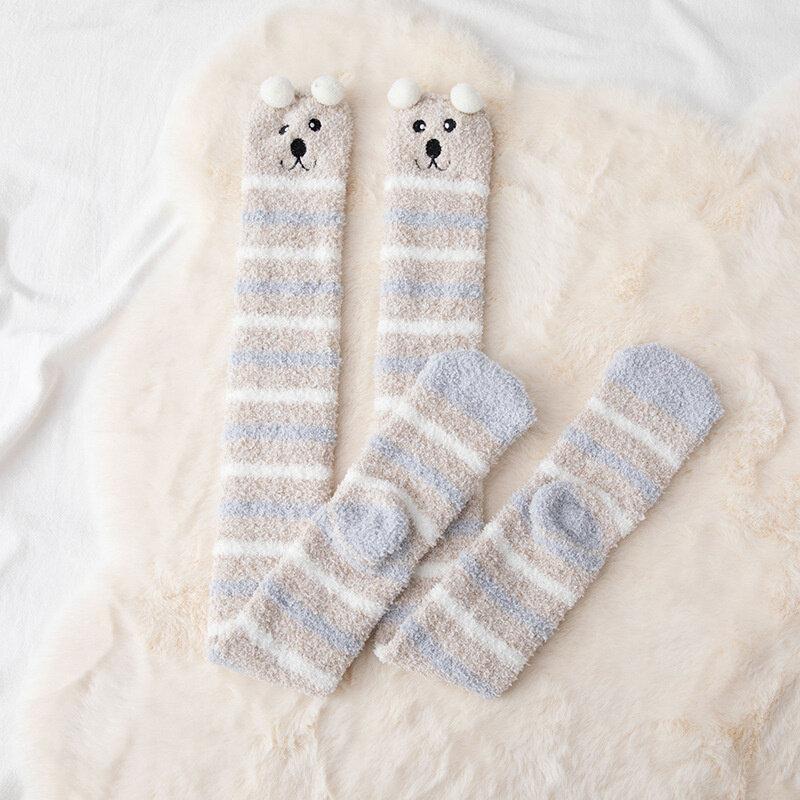 SP & CITY الكرتون الشتاء سميكة عالية الجوارب لطيف الحيوان الدافئة أفخم جوارب اليابانية جميل منقوشة فروي المنزل جوارب طويلة