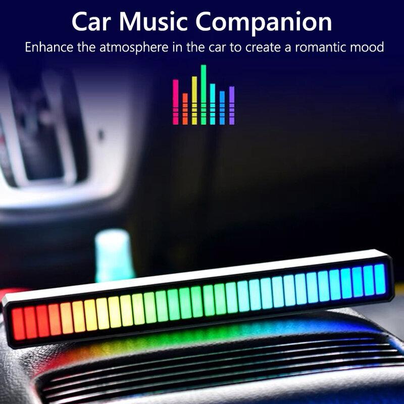 التحكم الصوتي لاقط قطاع ضوء الموسيقى المحيطة حامل مصباح سيارة مصباح لتهيئة الجو بار الموسيقى الملونة المحيطة