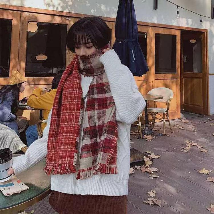 السيدات الخريف والشتاء عيد الميلاد منقوشة وشاح للحفاظ على الدفء البريطانية ذات الاستخدام المزدوج وشاح شال