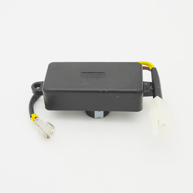 2KW 2.5KW 2.8KW 3KW منظم جهد كهربائي أوتوماتيكي يصلح ل GX160 168F AVR مرحلة واحدة البنزين مولد صغير قطع غيار
