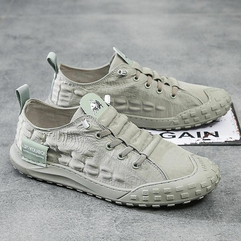 2021 جديد الصيف الرجال قماش الأحذية الفلكنة الاتجاه الرجال الأحذية القماشية تنفس مجلس Ins الانزلاق على كسول القيادة أحذية رياضية كاجوال الرجال