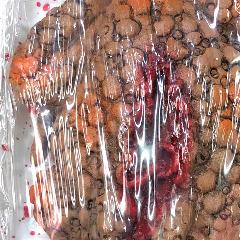 واقعية العلجوم المزحة الدعامة العلجوم صندوق وجبة الديكور مخيف صينية محاكاة للحزب منزل مسكون (عشوائي الدم)