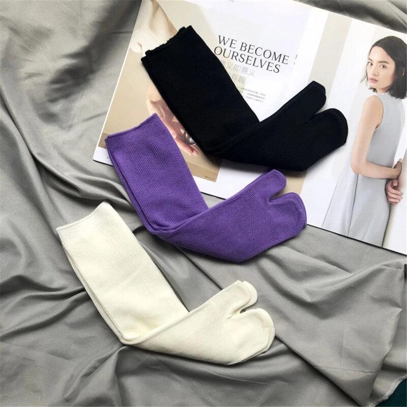 جوارب تابي القطنية الممشط الجديد لعام 2021 للنساء والرجال بلون واحد قصير من طبقتين جوارب نسائية كورية يابانية هاراجوكو مفتوحة من الأمام