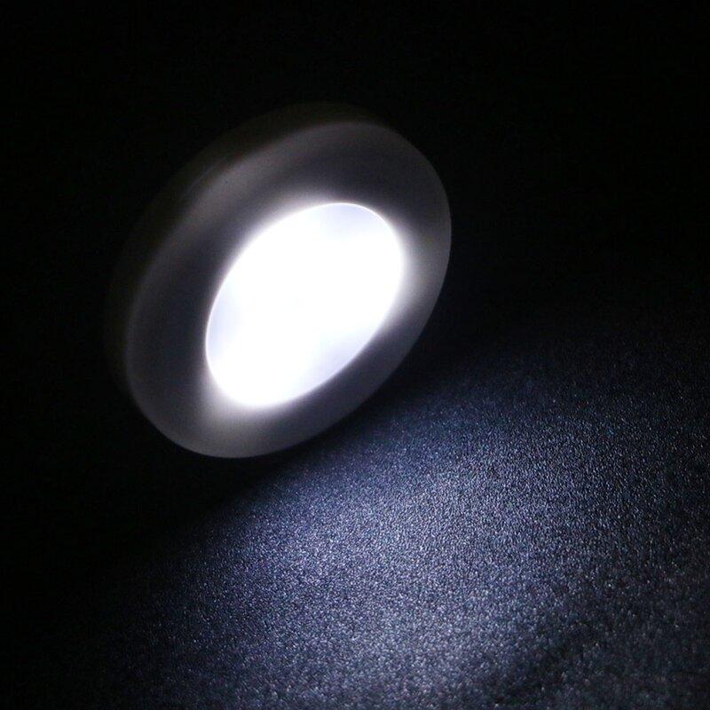 مصباح يدوي صغير LED مع 3 مستشعرات ، مثالي للحمامات والطابق السفلي والممر والسلالم ، متوفر باللون الأبيض