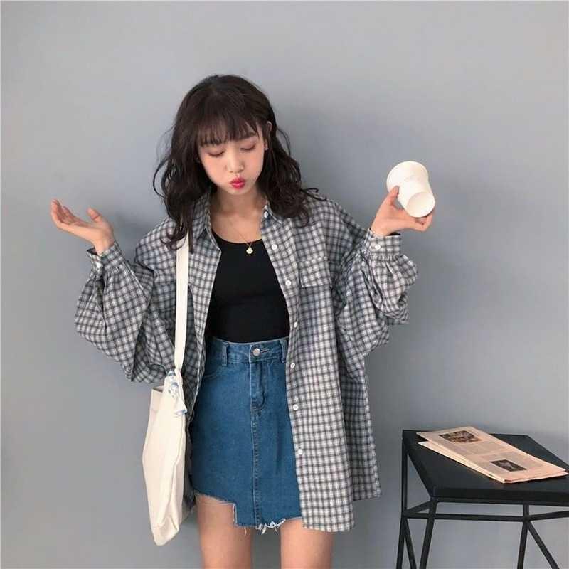 منقوشة قميص المرأة Vintage Harajuku فضفاضة منتصف طول سترة غير رسمية 2021 الاتجاه نمط جديد الكورية كل مباراة فانوس كم قميص