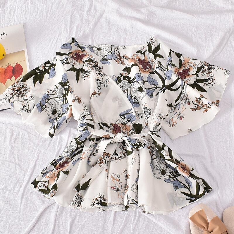 الأزهار قصيرة الأكمام قميص المرأة 2020 الصيف جديد الكورية الحلو فضفاض تنوعا الدانتيل يصل الخصر الخامس الرقبة قميص