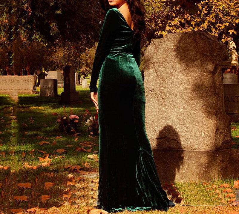 فستان سهرة مخملي عصري على شكل حورية البحر ، أخضر مسود ، ياقة على شكل V ، أكمام طويلة ، طول الأرض ، مع قطار