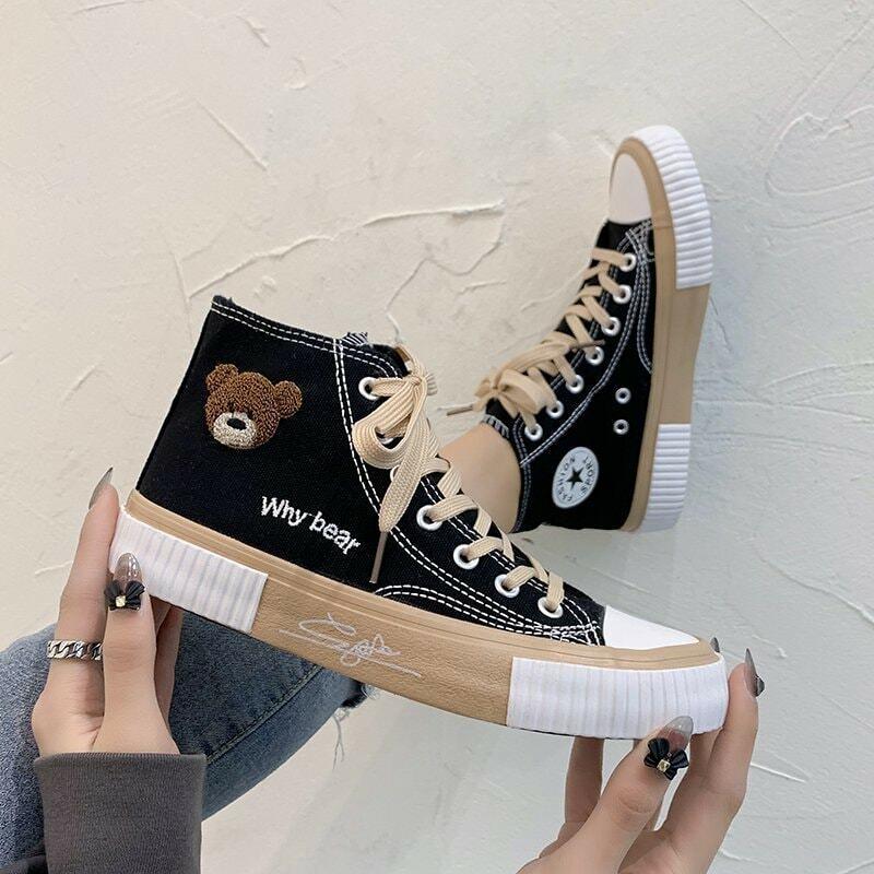 2021 ربيع جديد الدب حذاء قماش عالية أعلى حذاء قماش الدانتيل يصل أحذية رياضية كاجوال