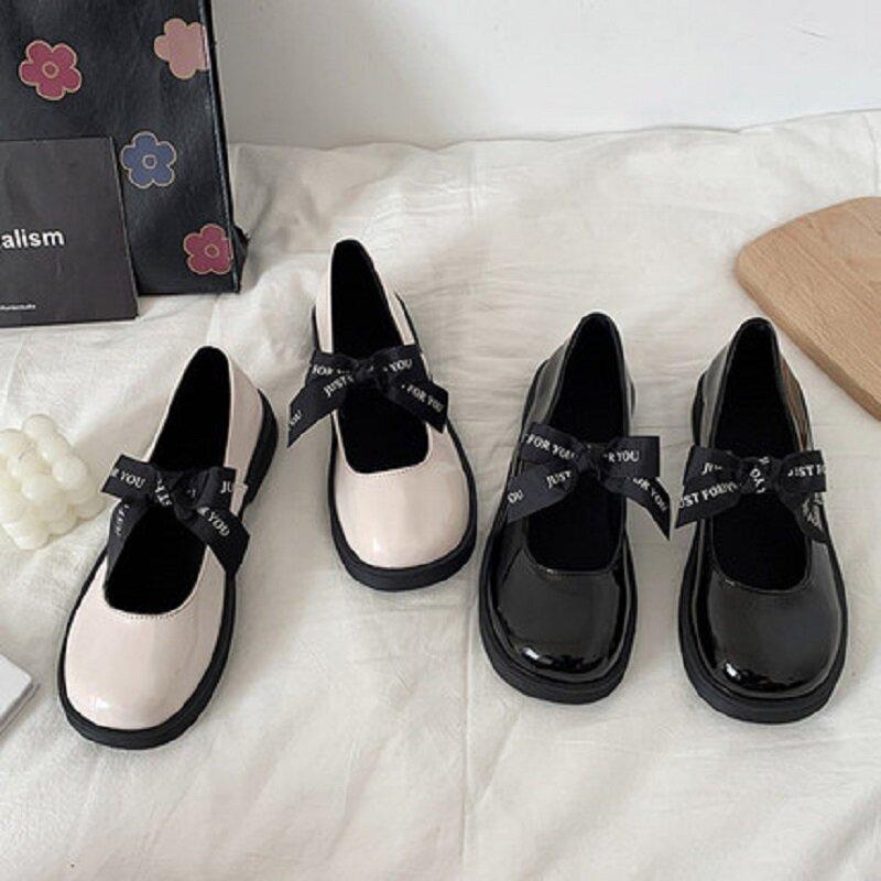 2021 الصيف الجديدة القوس صغيرة أحذية من الجلد الإناث البريطانية نمط كل مباراة مضخات ماري جين أحذية